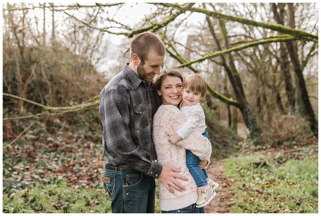 Family photo session in the woods